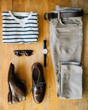 stay classic,blogger,shirt,sweater,pants,shoes,sunglasses,belt,jewels