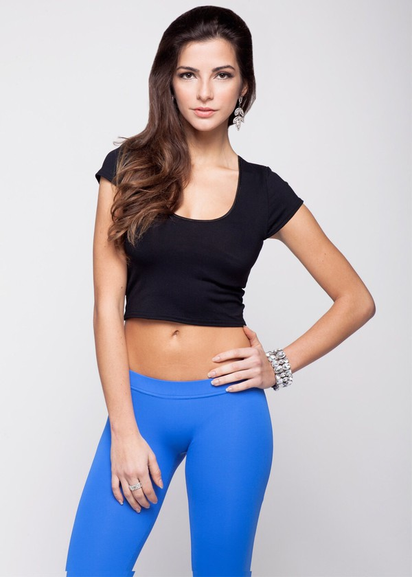 Nora tight crop top view all for Tight t shirt crop top