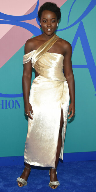 dress midi dress slit dress sandals asymmetrical lupita nyong'o cfda