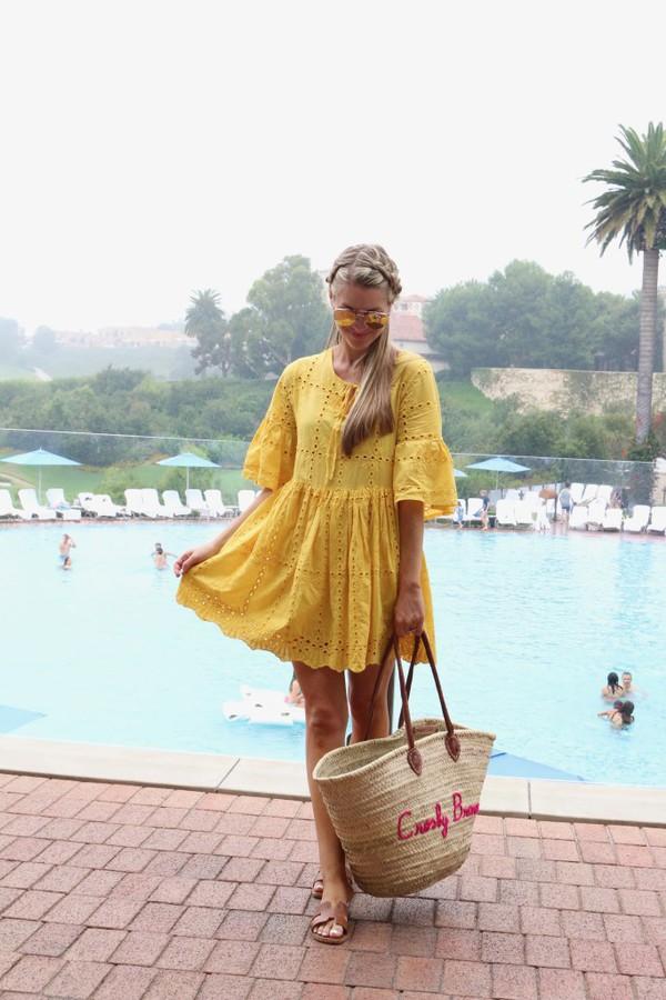 ashn'fashn blogger dress sunglasses bag shoes swimwear sweater shorts hat