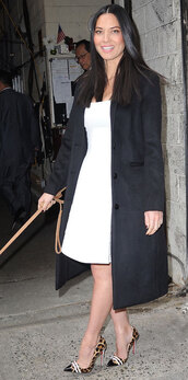 olivia munn,pumps,white dress,black coat,dress,shoes,coat