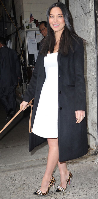 olivia munn pumps white dress black coat dress shoes coat
