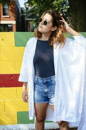 chicityfashion,blogger,shorts,shoes,sunglasses,blue top,white jacket,High waisted shorts,round sunglasses,kimono,white kimono,summer outfits,denim shorts