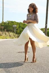 fashion bananas,t-shirt,skirt,shoes,jewels,flowy,yellow,summer