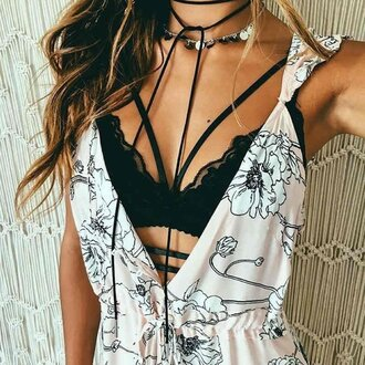 top ogvibes fashion black black and white trendy girly mace lace strappy boho floal floral underwear bra bralette