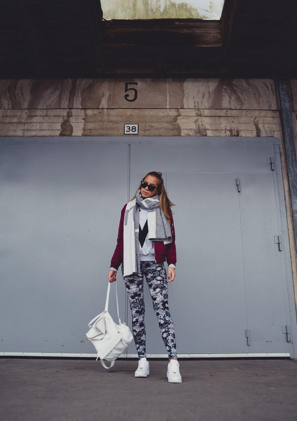 kenza blogger tights scarf sunglasses jacket
