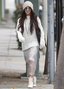 vanessa hudgens skirt lace white lace skirt