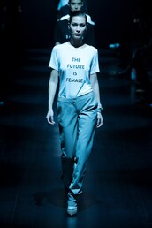 top,prabal gurung,t-shirt,ny fashion week 2017,bella hadid,model,runway,pants,nyfw 2017
