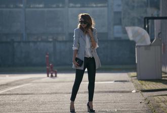 scent of obsession blogger sunglasses blazer white shirt