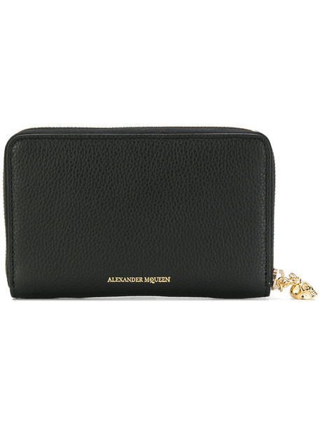 Alexander McQueen - zip-around skull purse - women - Calf Leather - One Size, Black, Calf Leather