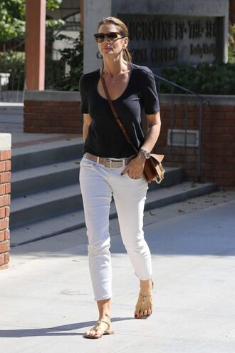 jeans top sandals cindy crawford streetstyle model off-duty celebrity fall outfits crossbody bag white pants black t-shirt