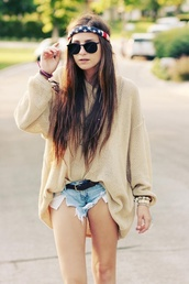 sweater,clothes,shorts,shirt,oversized sweater,hipster,sunglasses,american flag,bandana,hat,pullover,pants,vintage pullover,bandana print,h&m,jewels,coat,light brown sweater,hipster sweater,jacket,bag,summer,summer sweater,summer sweatshirt,hair accessory,earphones,t-shirt,oversized t-shirt,High waisted shorts,cute dress,cute sweaters,cute top,summer dress,summer shorts,winter sweater,headband