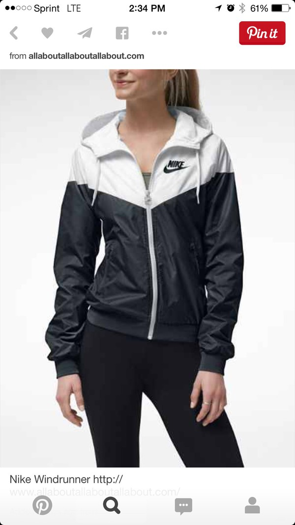 nike windrunner women 39 s jacket windbreaker hoodie black white 545909 011. Black Bedroom Furniture Sets. Home Design Ideas