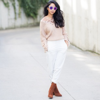 little mai sunshine blogger sweater pants shoes sunglasses nude sweater lace up jumper ankle boots white pants