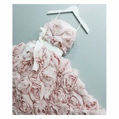 dress,short,cute,prom,prom dress,short dress,pink,pink dress,roses,flowers,floral,floral dress,pink roses,white,homecoming,homecoming dress,gorgeous,gorgeous dress