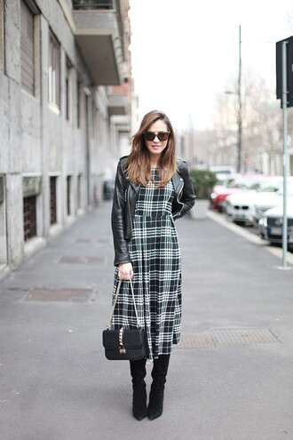 lady addict blogger tartan midi dress leather jacket black boots