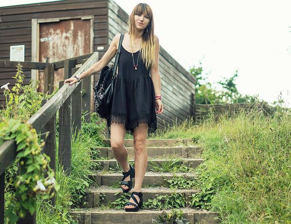 cami dress black dress hipster streetstyle stylemoi
