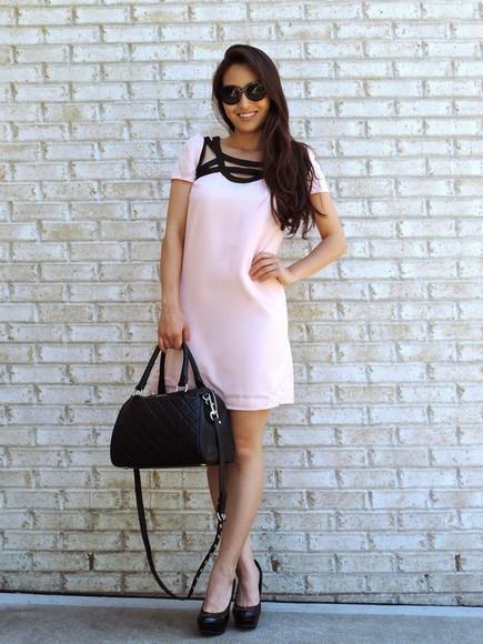 blogger sunglasses shoes bag sensible stylista