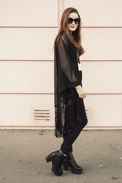 iemmafashion,blogger,sunglasses,kimono,chunky boots,black jeans,top,shirt,jeans,shoes