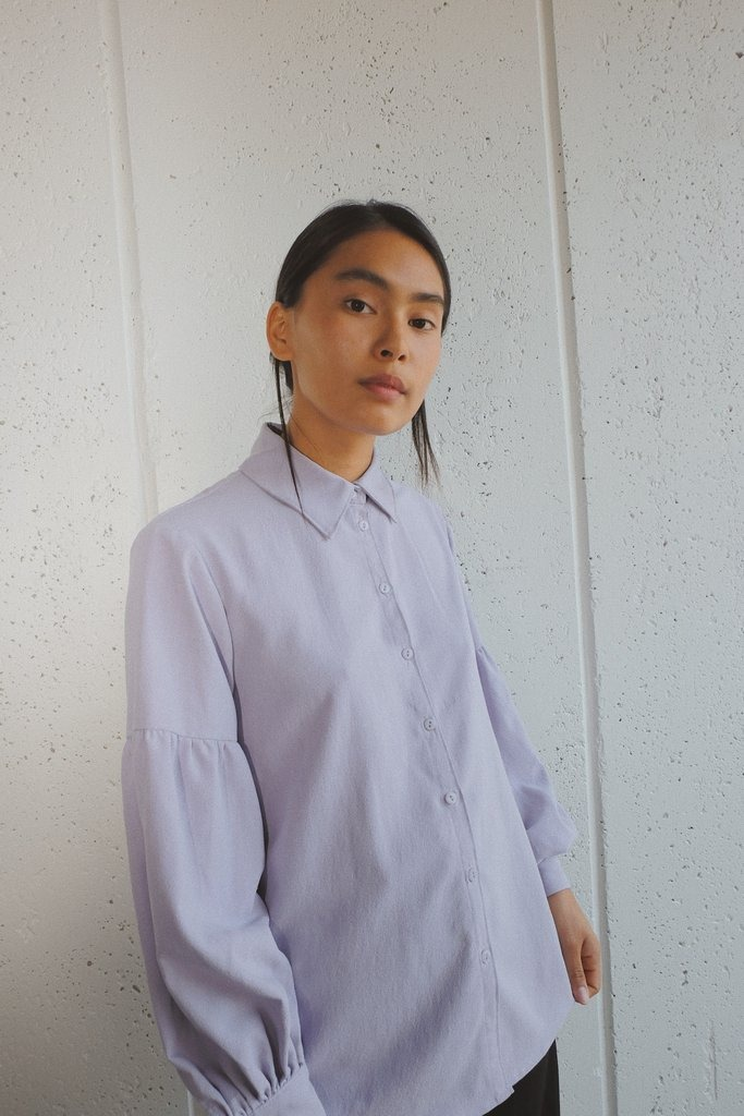 theo top in lavender