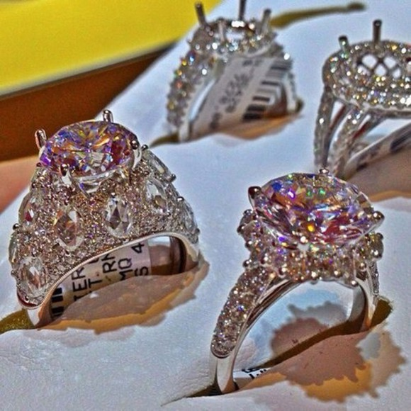 jewels engagement ring wedding ring diamonds wedding clothes ring sparkly big big diamonds wedding silver rings sparkly expensive tall high heels wedding dress sparkle glitter