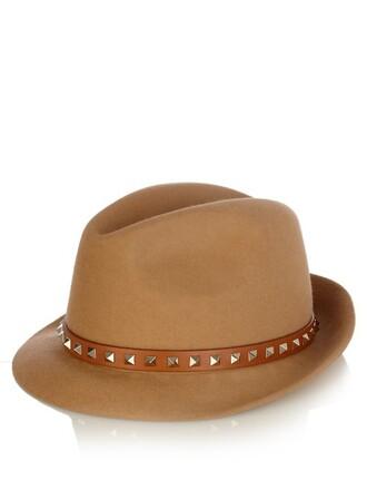 fur hat tan