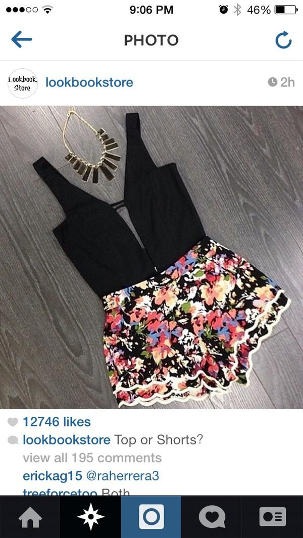 shirt top black v cut shorts