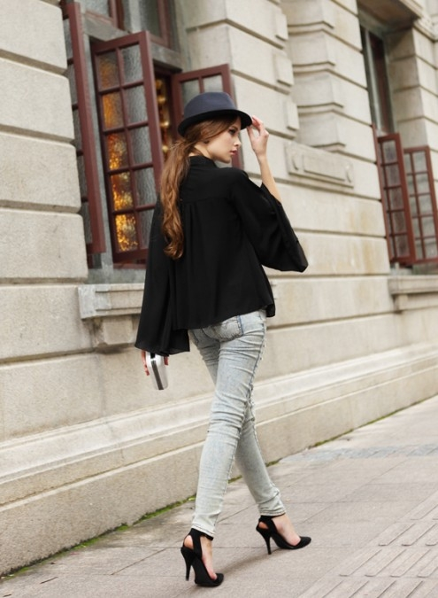 Concise Design Puffed Sleeve Blouse White Black