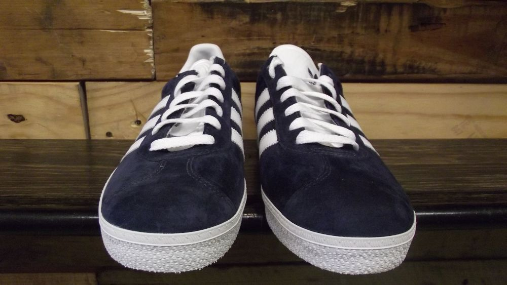 info for 88853 7da74 Adidas Gazelle 2 Navy White Suede   eBay