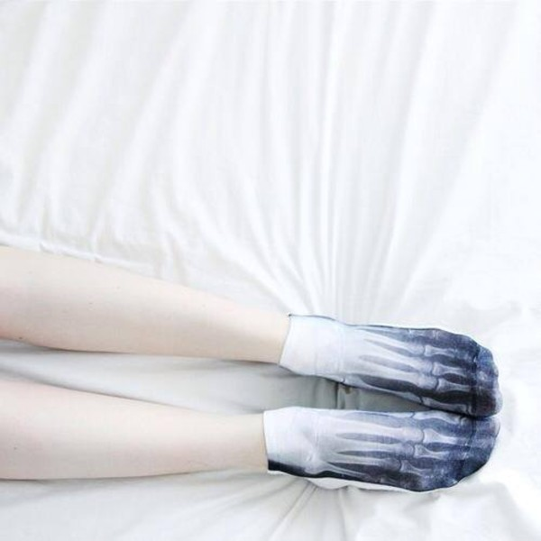 underwear socks halloween white socks x-ray skeleton retro cool vintage beautiful black and white grunge goth hipster soft grunge xray x-ray design bones x ray white blue creepy spooky short pale light dark black cute sweet funny girl pretty asos