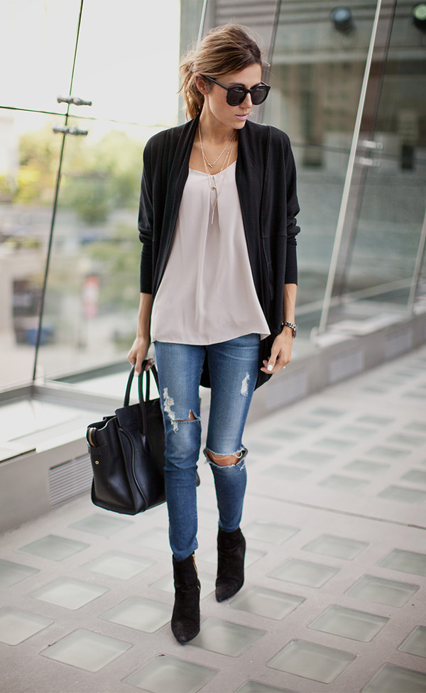 hello fashion blogger bag jeans blouse