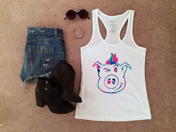 shop girl dirty pig boots sunglasses tank top outfit