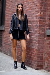 skirt,zip-up skirt,zip,zipped skirt,black skirt,mini skirt,top,crop tops,black crop top,jacket,black leather jacket,leather jacket,black jacket,boots,ankle boots,black boots,flat boots,fall outfits,streetstyle,all black everything