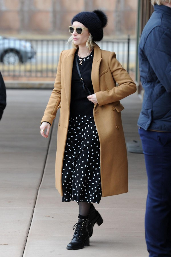 b2a0618d426 dress polka dots emma roberts sundance coat camel coat beanie sweater