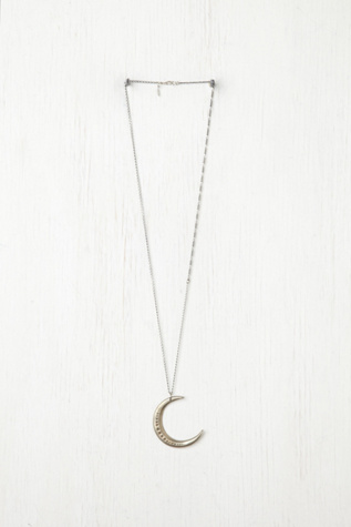 ax   apple womens moon necklace