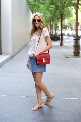 mind body swag blogger denim skirt red bag white top spring outfits