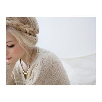blouse brunette cute dark grunge hair nature soft grunge tumblr vibes