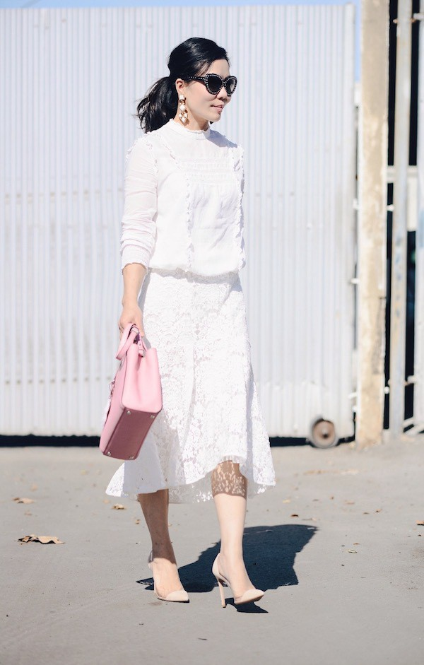 hallie daily blogger white top white skirt pink bag top shoes skirt bag jewels sunglasses
