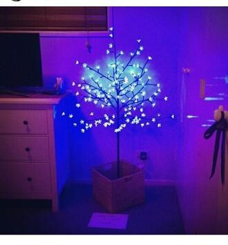 lamp flowers bright light home decor home accessory lighting