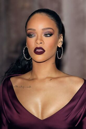 make-up rihanna lipstick beautiful dark lipstick
