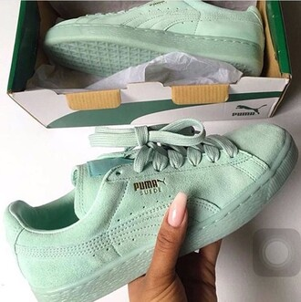 shoes puma sneakers low top sneakers green sneakers sneakers pumasuede puma suede puma green shoes mint low tops suede shoes suede tumblr tumblr outfit fashion suede sneakers puma suede creepers ice blue black puma classic classic
