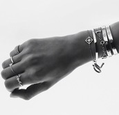 jewels,bracelets,silver,silver bracelet,silver jewelry,silver ring,cartier,ring