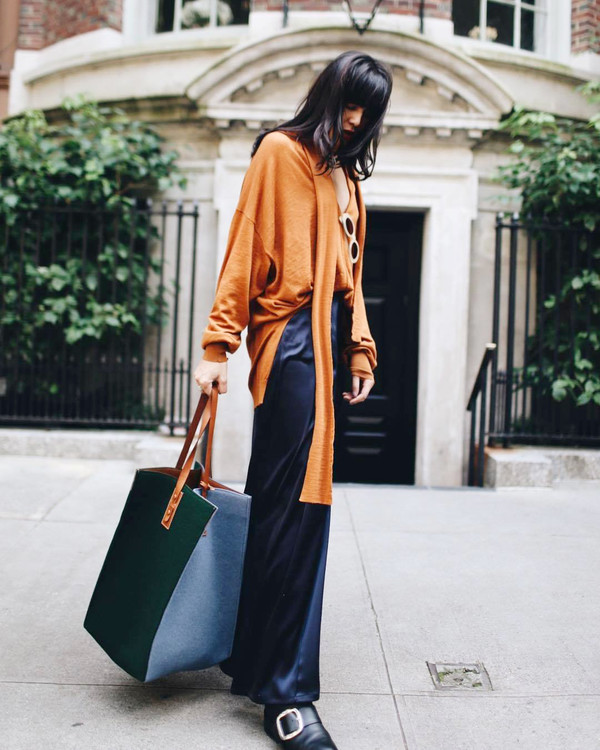 pants sweater blue bag tumblr wide-leg pants blue pants orange bag tote bag