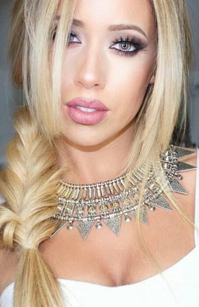 make-up pretty woman lip gloss eye makeup
