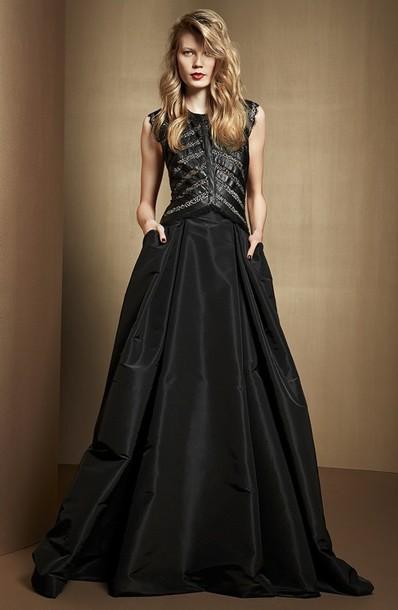 Pretty Long Black Dress