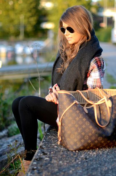 mariannan shirt jeans scarf bag sunglasses big purse sunnies plaid shirt leggings