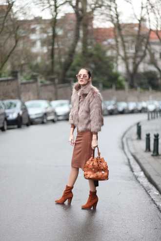 from brussels with love blogger dress shoes bag coat fur coat winter outfits bucket bag midi dress ankle boots