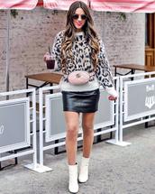 sweater,tumblr,knit,knitwear,knitted sweater,leopard print,skirt,mini skirt,leather skirt,black leather skirt,boots,white boots,ankle boots,sunglasses,belt bag,bag,pink bag