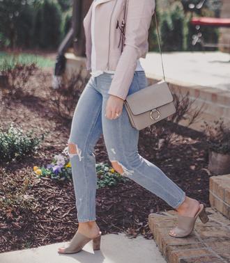 life & messy hair blogger jacket sunglasses t-shirt bag