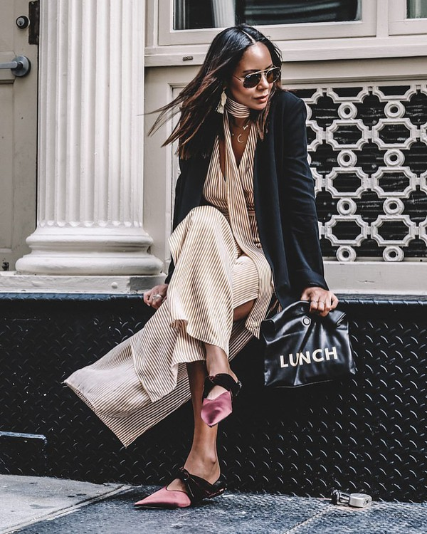 jumpsuit beige jumpsuit sunglasses black sunglasses blazer black blazer handbag black handbag shoes pink shoes jacket bag